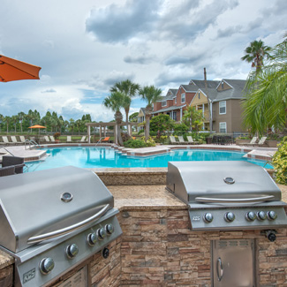 bbq-grills-onsite-by-pool